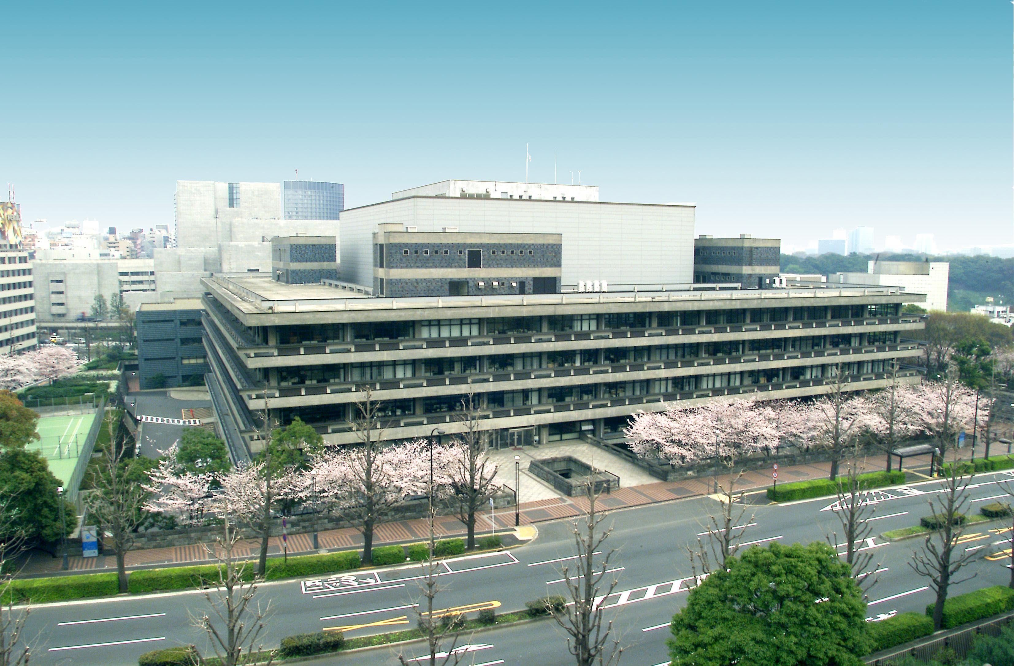国立 国会 図書館 激務