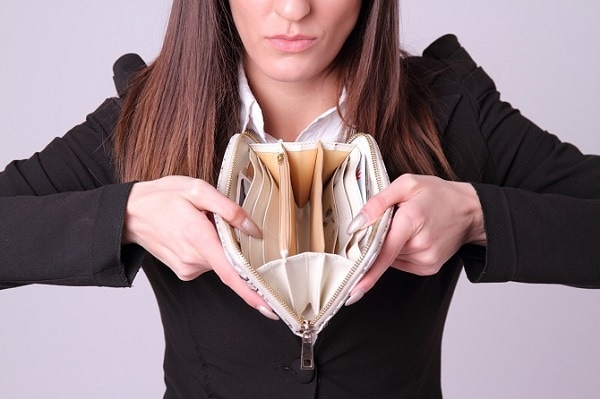 お金を与えれば貧困女子は簡単に出会える。