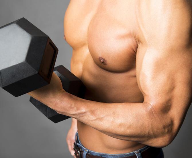 広背筋を鍛える筋トレ5選!逆三角形の上半身を作る方法を公開