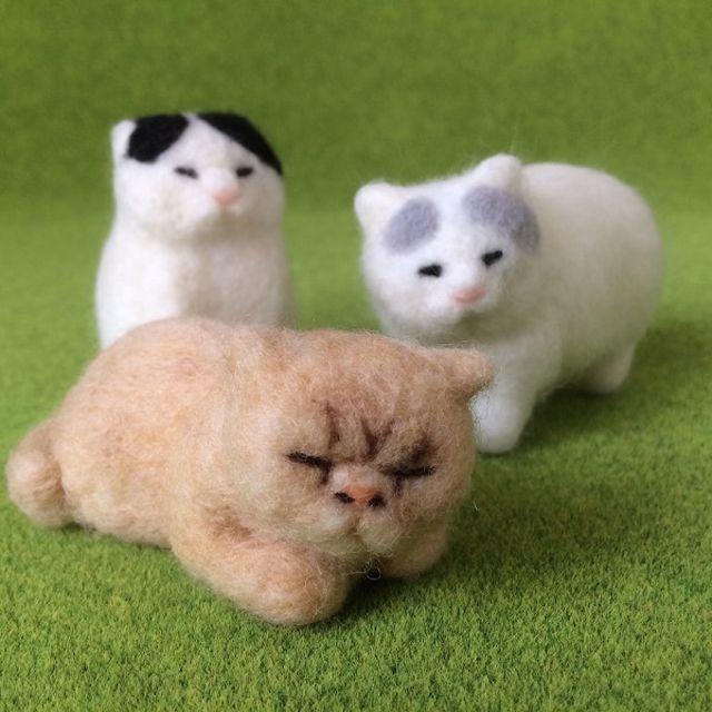 フェルトでできた猫