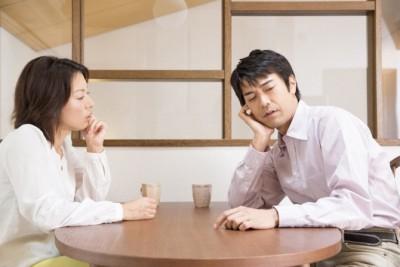 夫が離婚を即決する禁断ワードベスト5 「元カレと……」