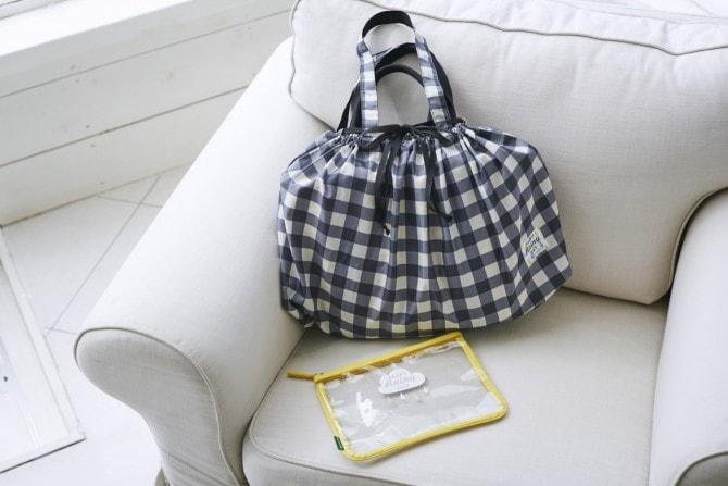 雨から守ってくれるバッグカバー「レインバッグカバー」2,700円